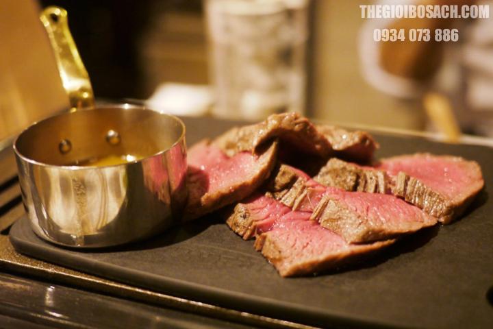Thịt bò Miyazaki ngon và đắt nhất thế giới
