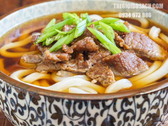 Mì Udon Nhật kết hợp thịt ba chỉ bò Mỹ
