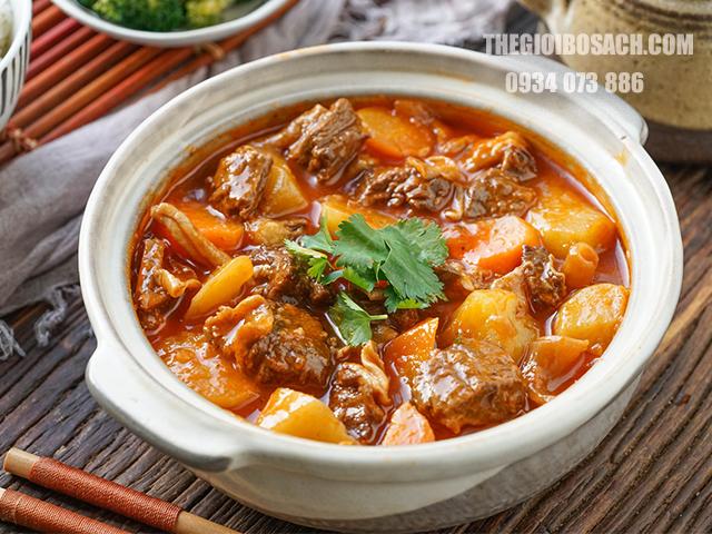 Bí quyết nấu thịt bò hầm khoai tây ngon